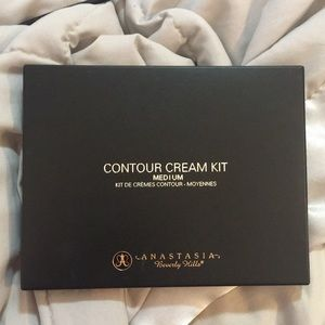 New Anastasia Contour Cream Kit- Medium